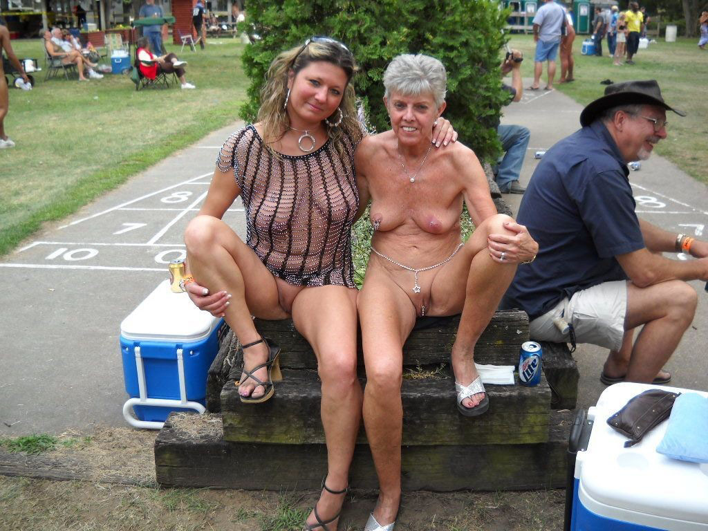 Mom nude in public